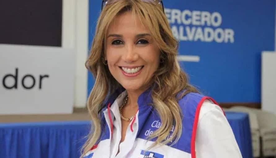 Candidata a diputada por ARENA llama perros a los salvadoreños que apoyan a Nayib